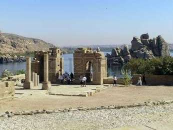 -agilkia-island-nile-river-egypt--temples-converted-into-a-church-dedicate